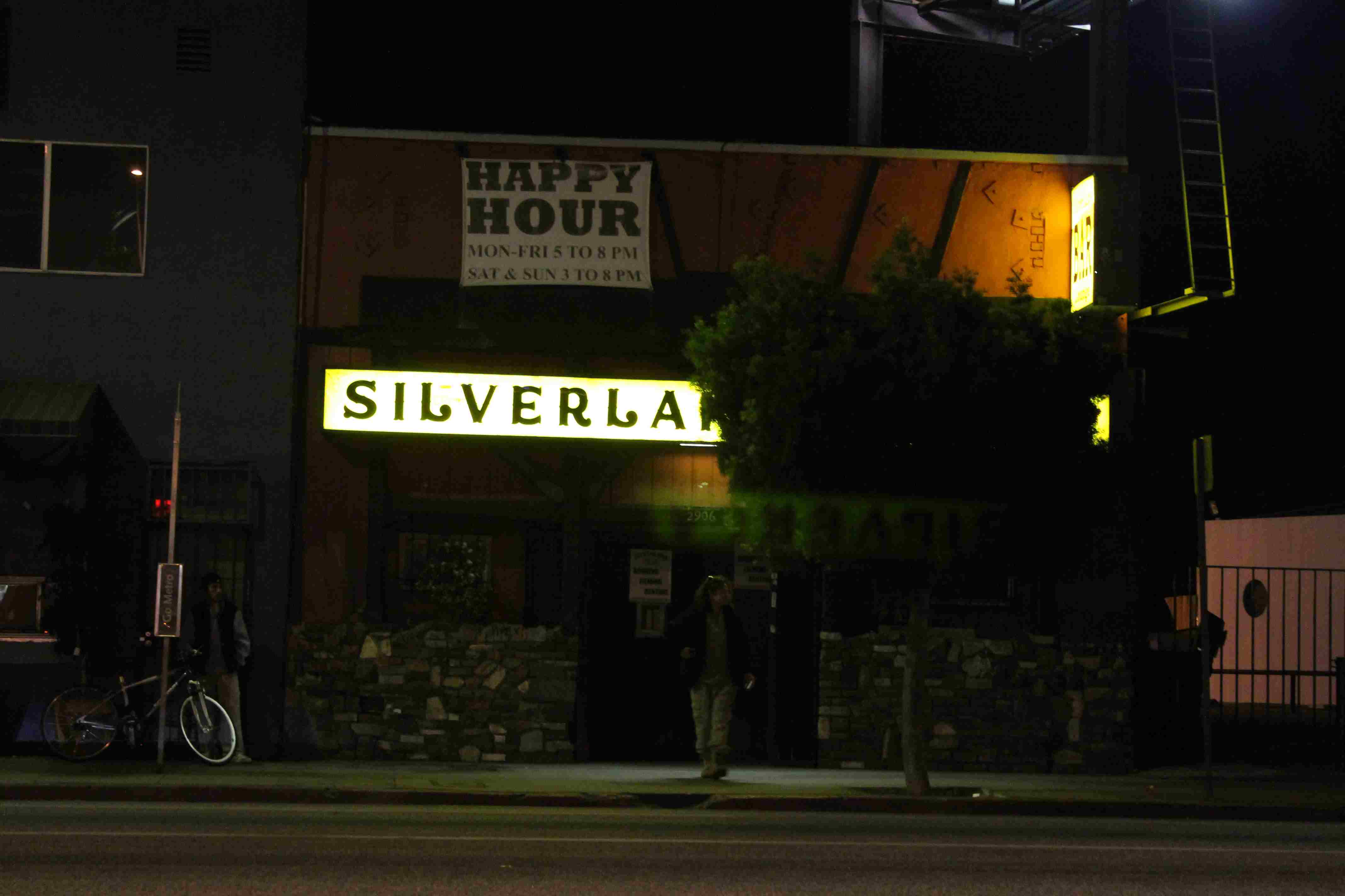 Silver_Lake_Lounge.JPG