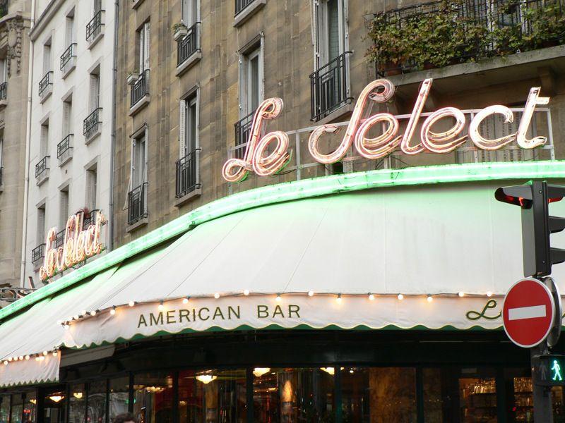 The Select American bar fue un lugar de reunión favorito para Henry Miller y otros escritores