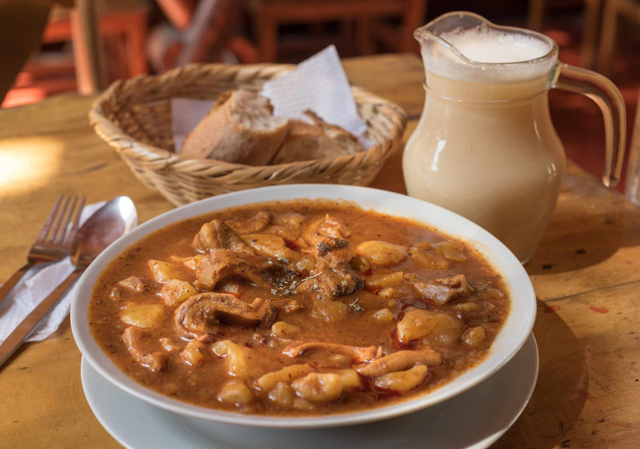 Peruvian food and chicha, Picante of Tacna city.