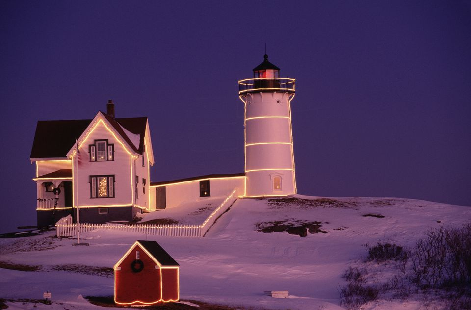 Nubble Lighthouse, sunset, Christmas, York, ME