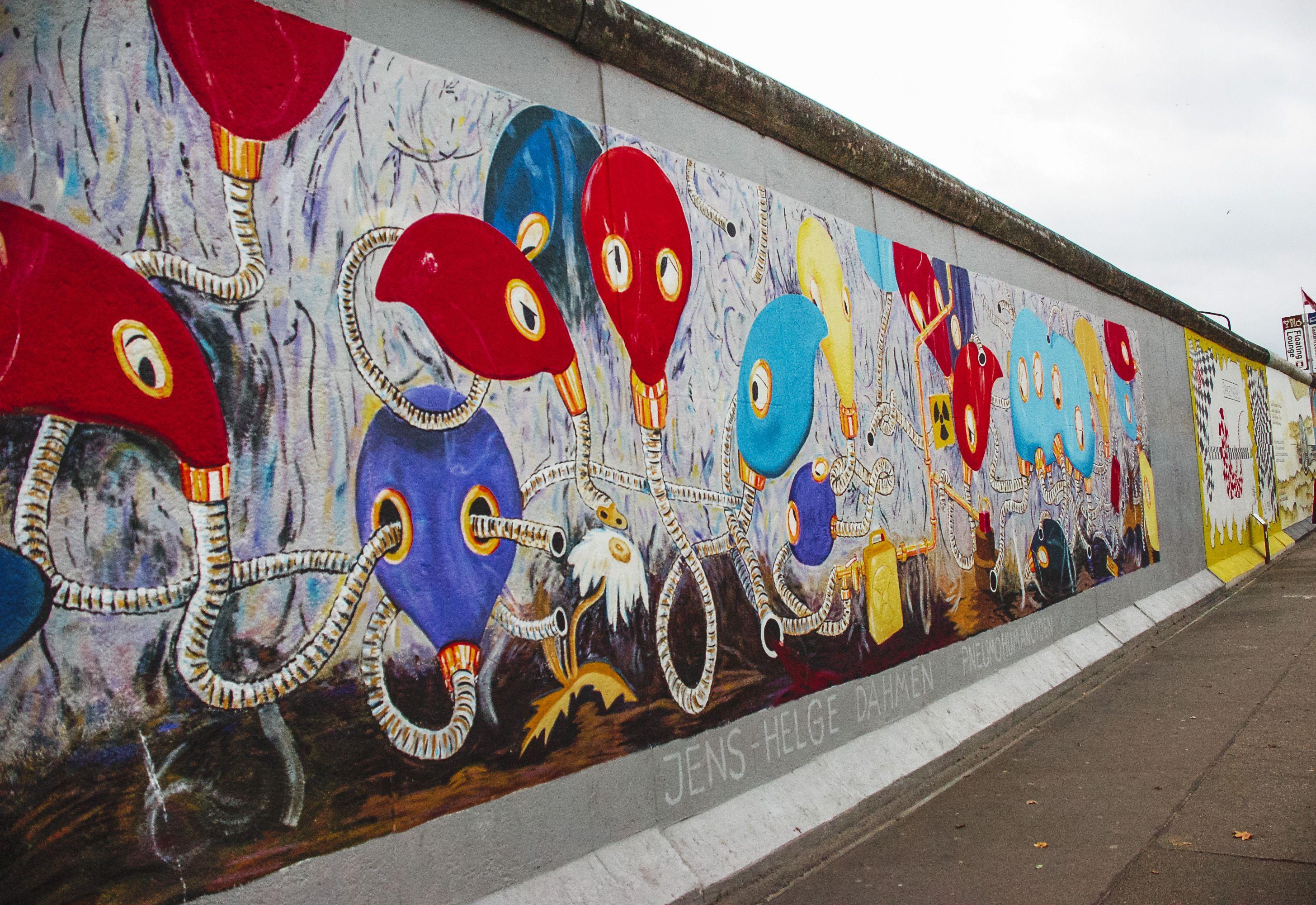 Berlin Wall Subway Map.East Side Gallery In Berlin