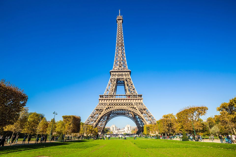 Seeing The Eiffel Tower With Kids