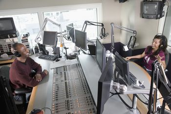 Nashville's Top AM and FM Radio Stations