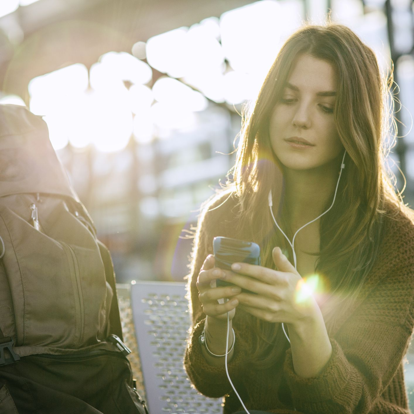 How to Use Your Smartphone Overseas