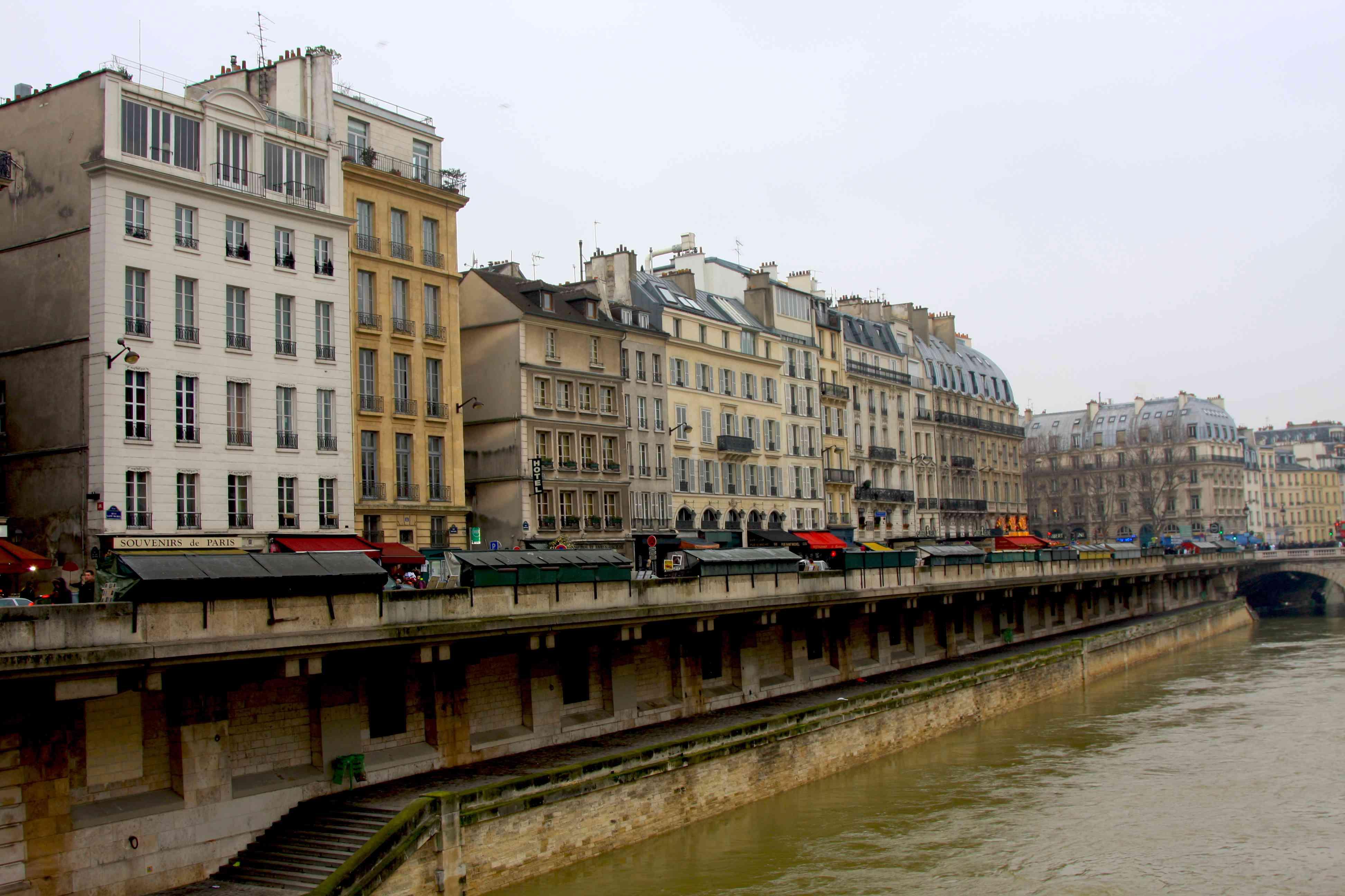 Quai St Michel in Paris