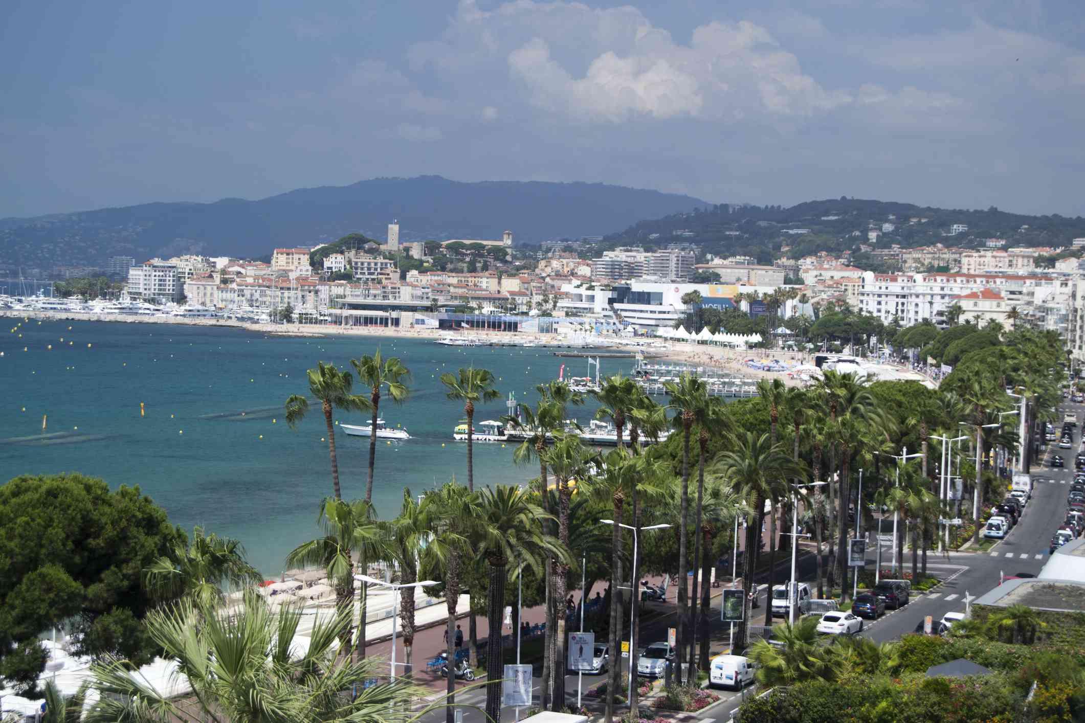 Cannes, La Croisette skyline