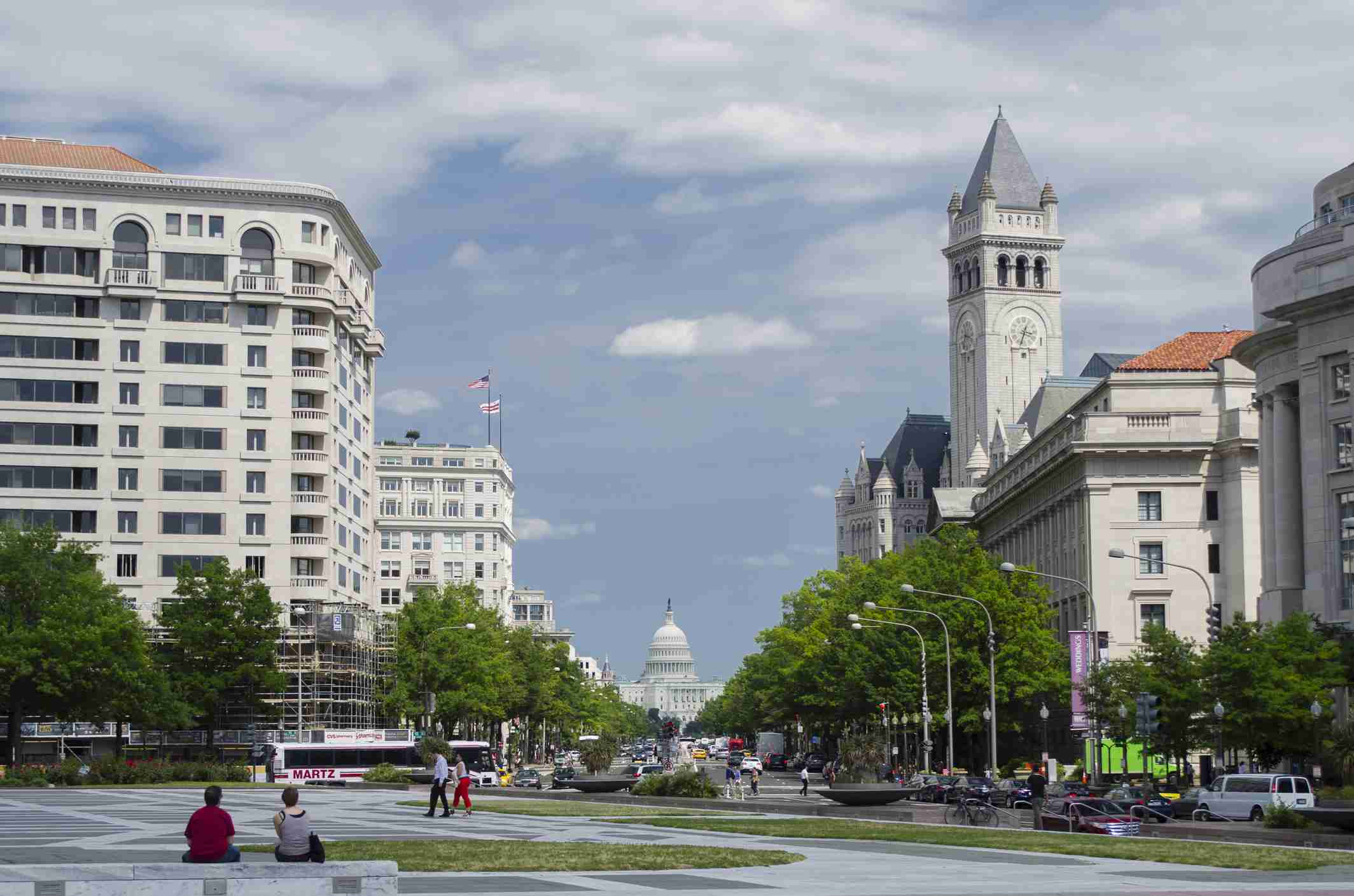 Pennsylvania Avenue view from Pershing Park to Capitol Building