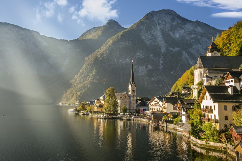 Hallstatt en el lago, Austria