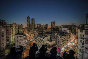 Sham Shui Po at night