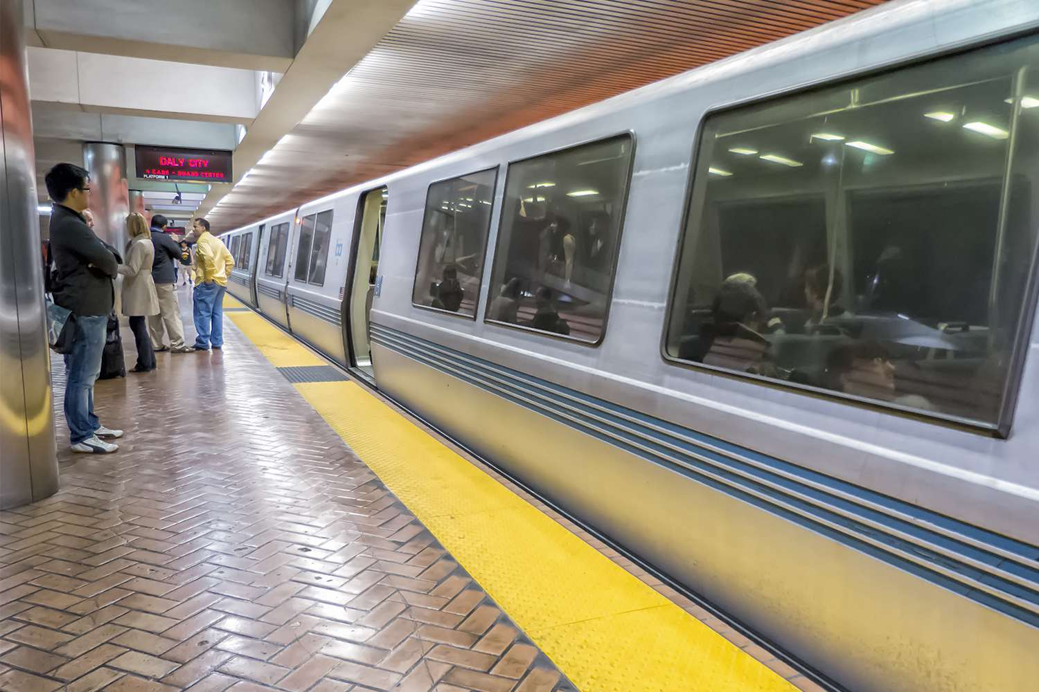 How to Take BART from SFO to Downtown San Francisco Downtown Civic Van Ness Map on