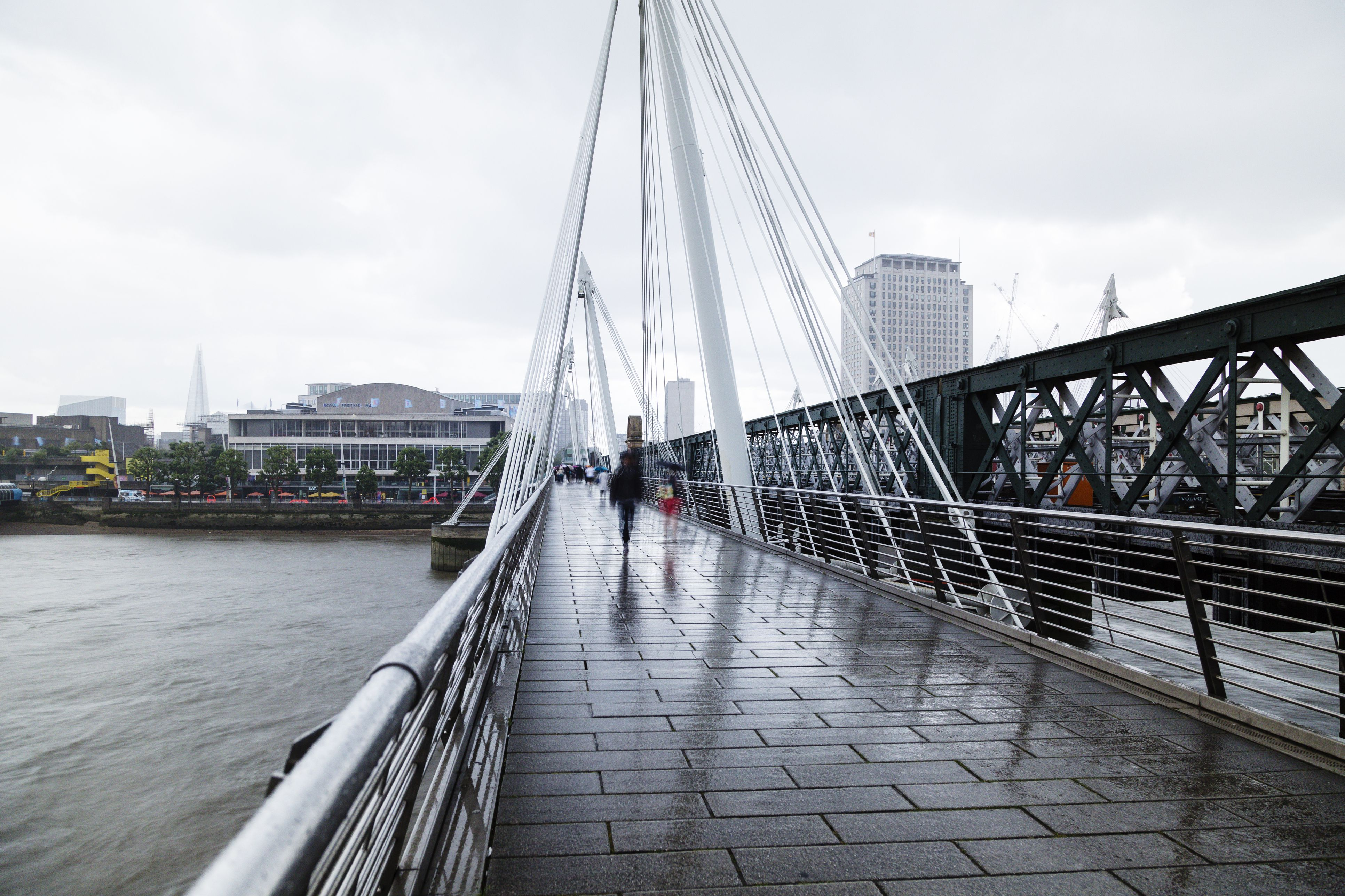 Golden Jubilee Bridge on a rainy day.