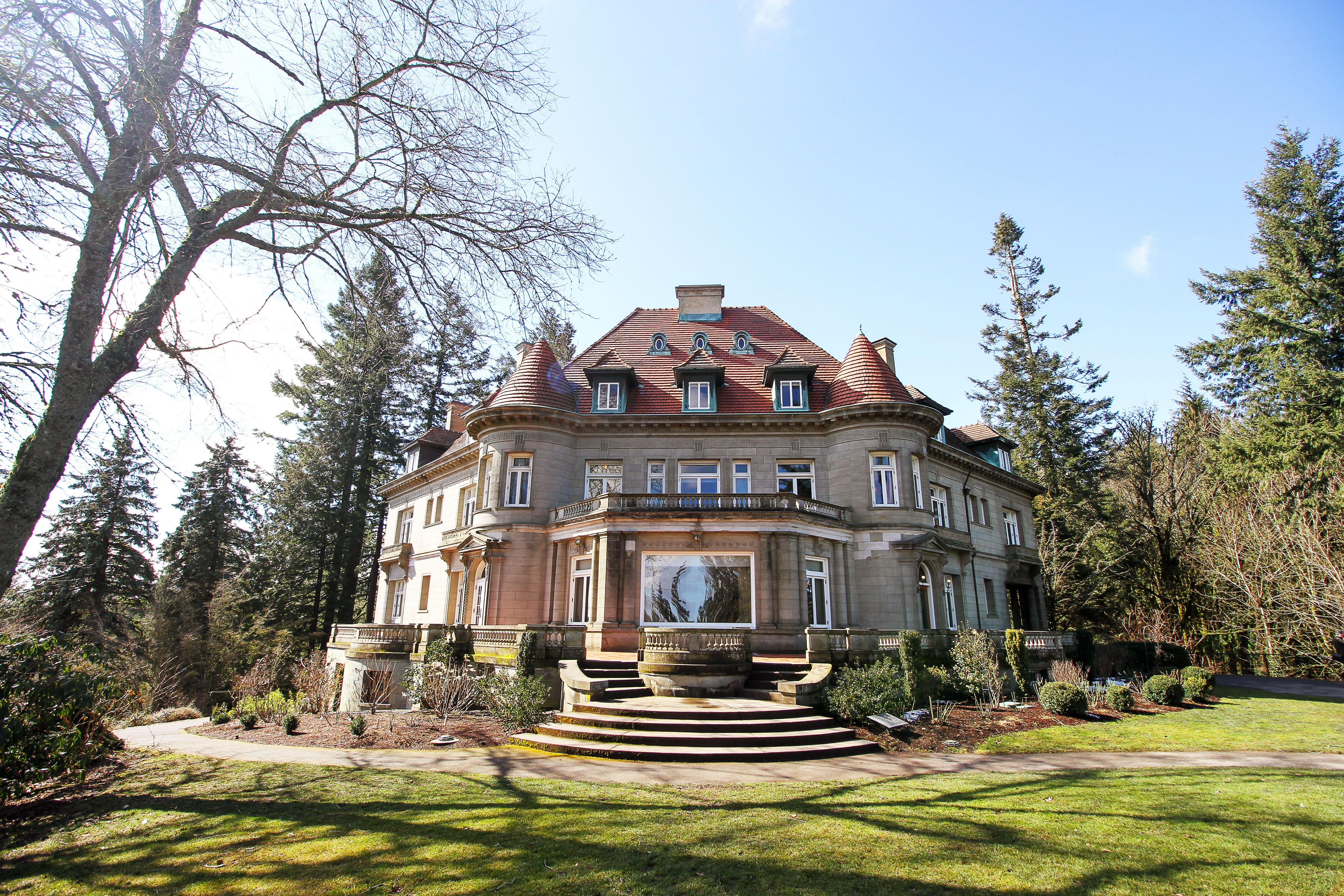 the exterior of the Pittock Mansion