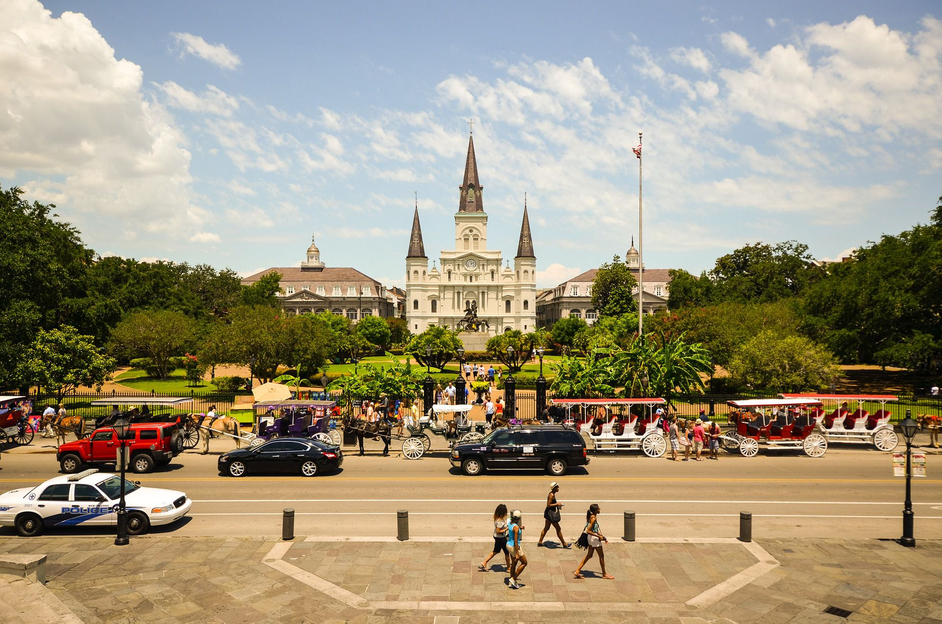 New Orleans Budget Travel