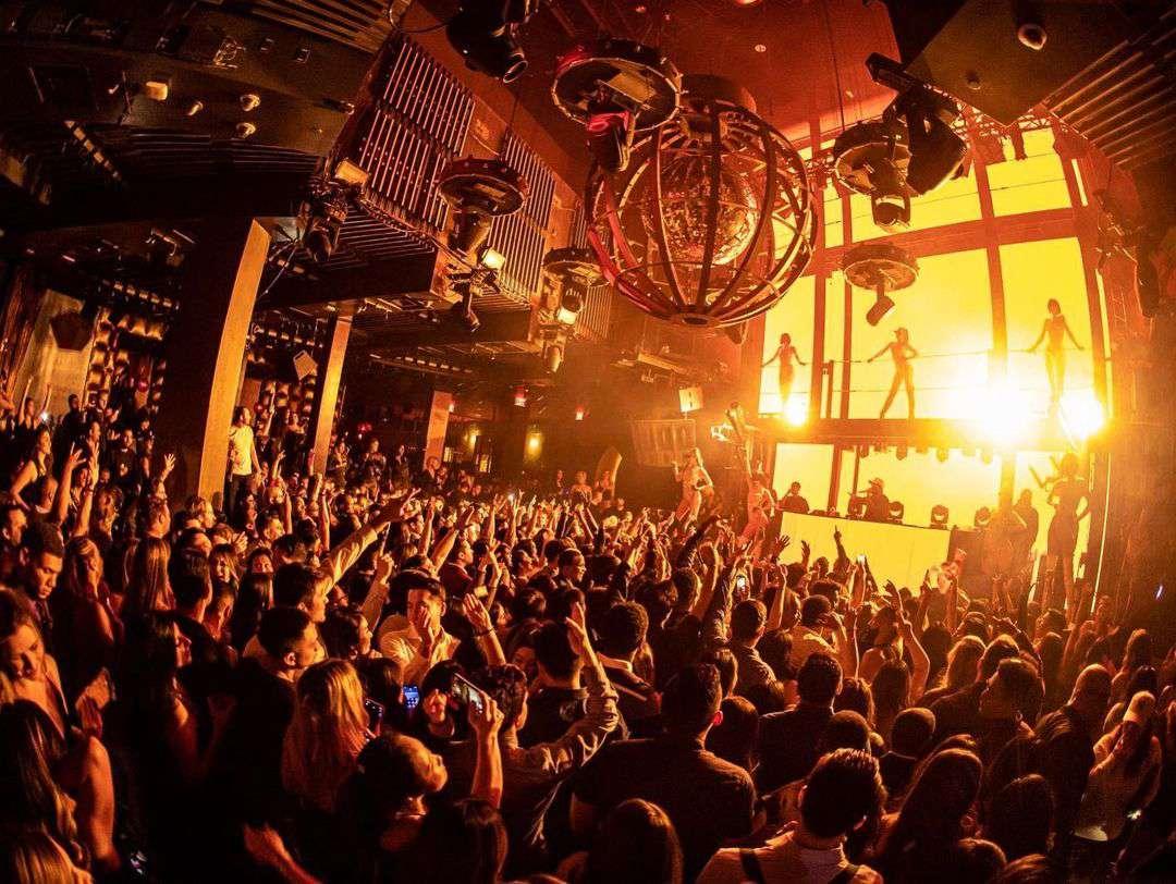 crowd of people dancing in Marquee Nightclub