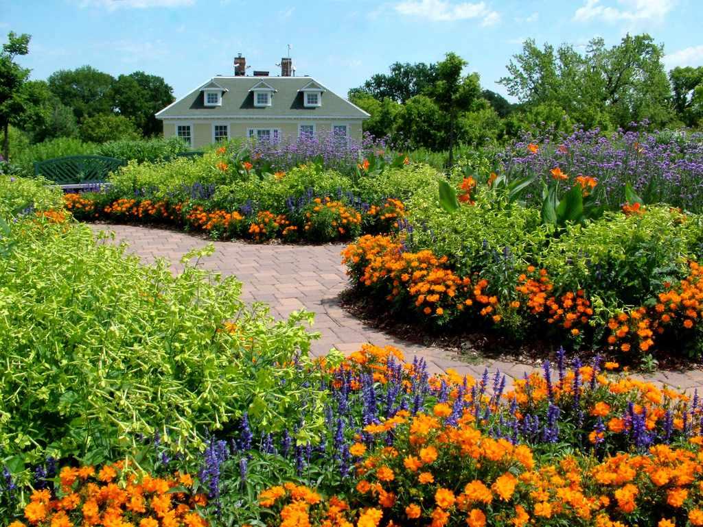 Longfellow Gardens-Minnehaha Park