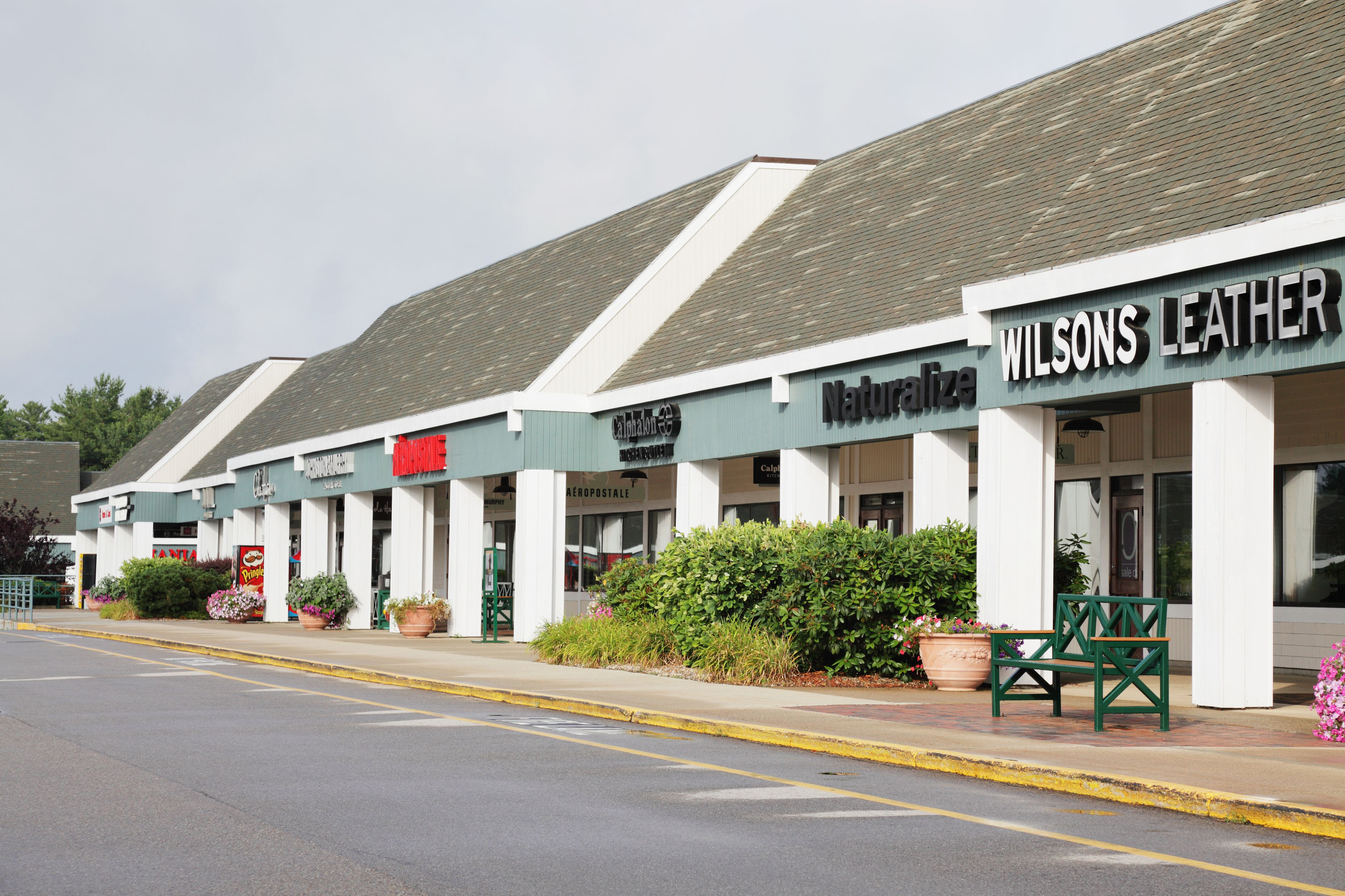 Strip Mall Factory Outlet Discount Stores