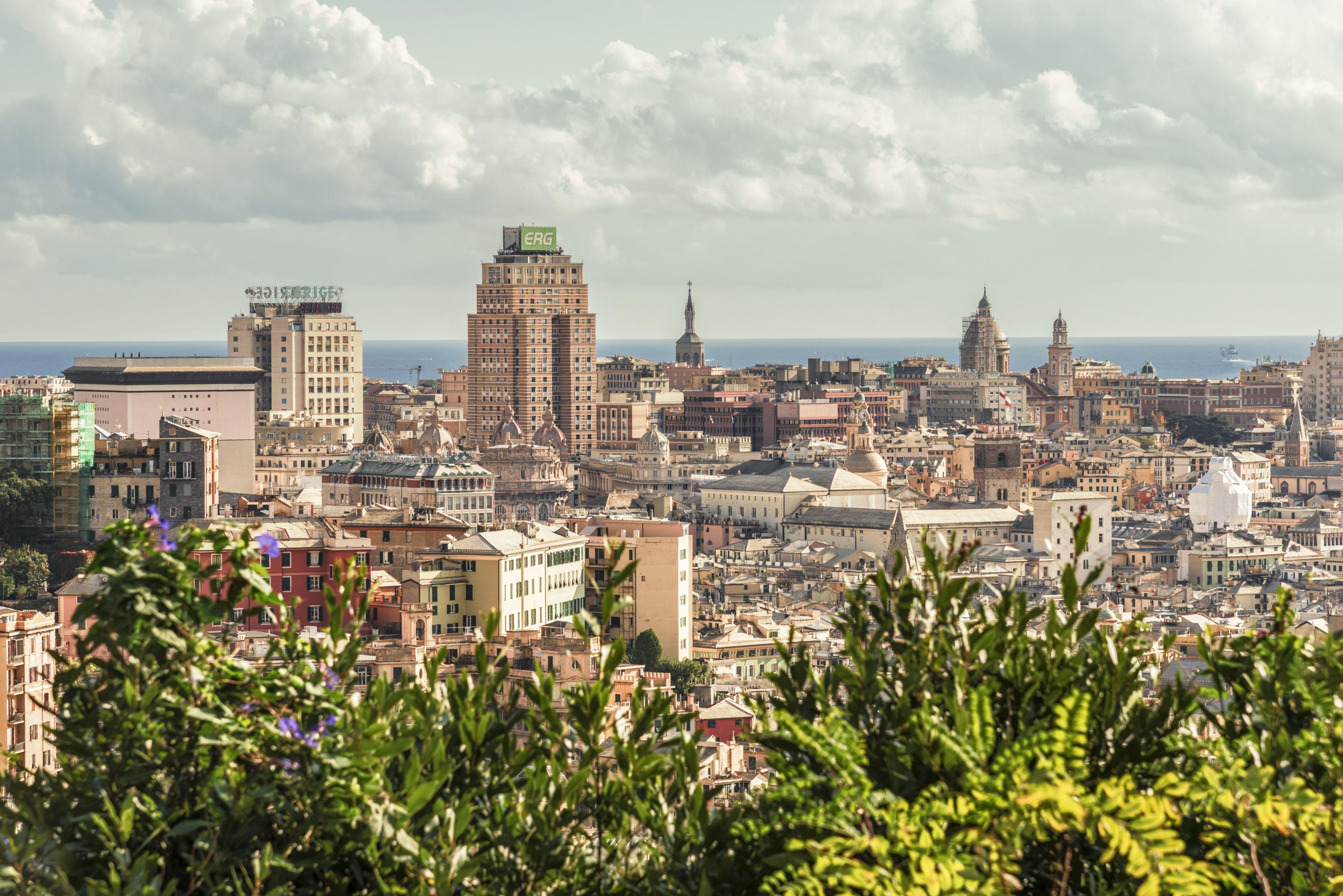 Italy, Genoa, cityscape as seen from Corso Firenze