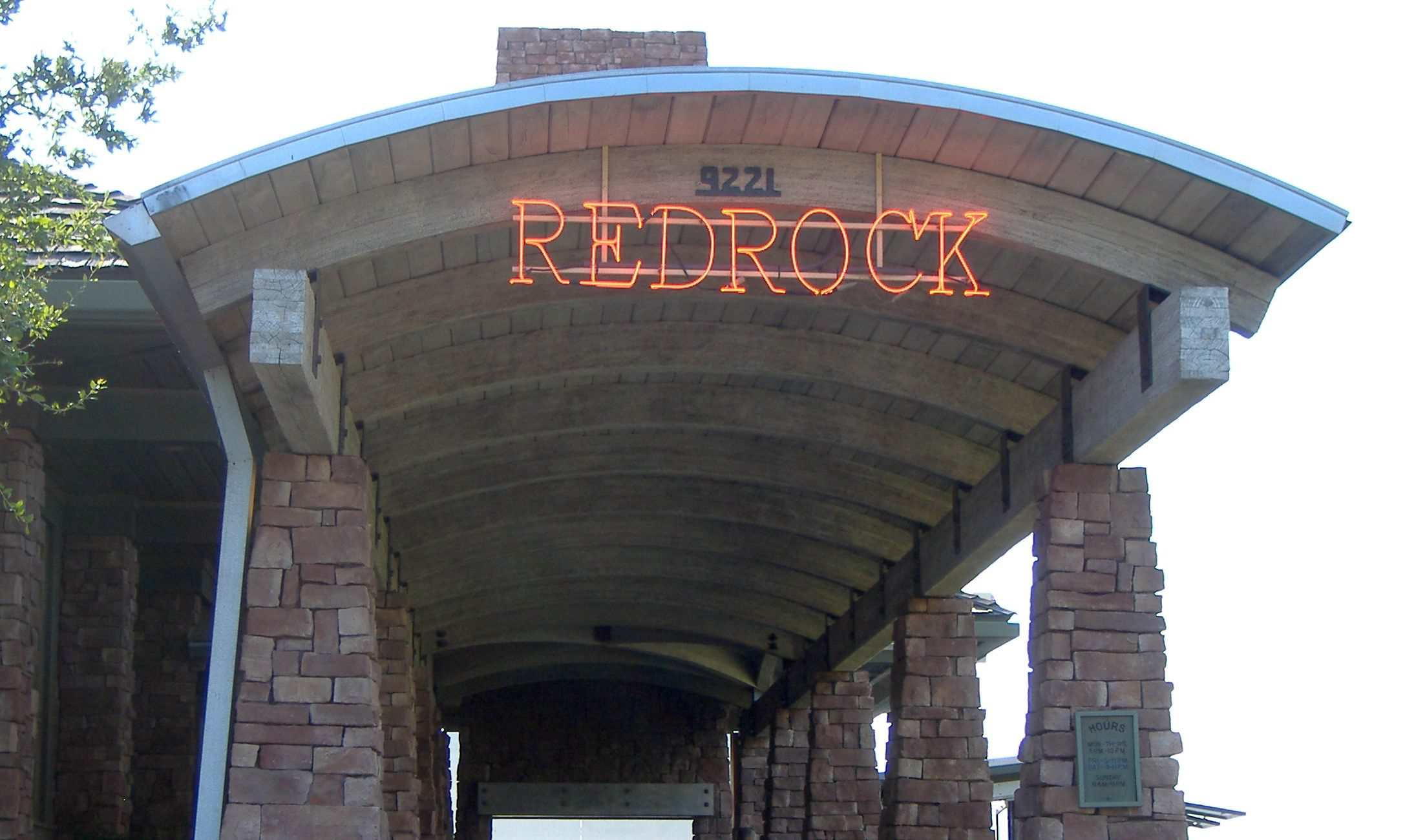 Patio Dining at Redrock Canyon Grill in OKC