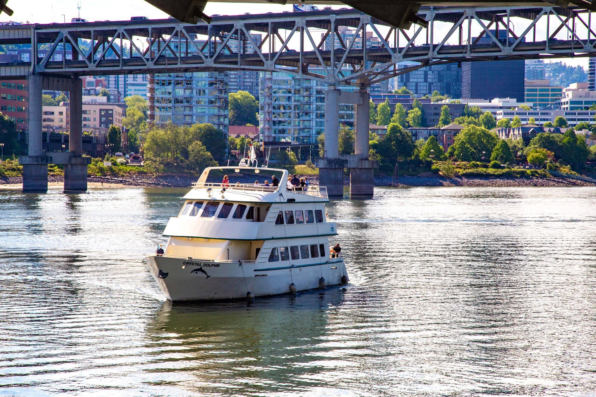 Portland Spirit crucero en el agua