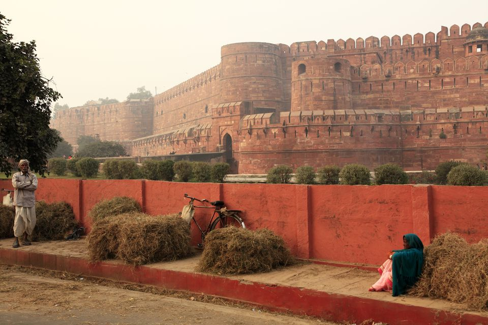 Golf 8 2018 >> How to Visit Agra Fort: The Complete Guide