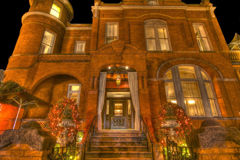 Top Luxury Hotels In Savannah Ga
