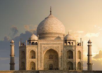 India, Uttar Pradesh, Agra, Taj Mahal, dawn