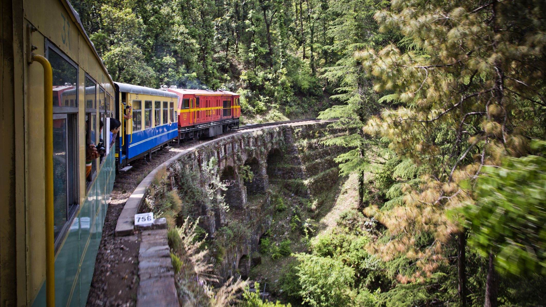 5 Scenic Mountain Railway Toy Trains in India