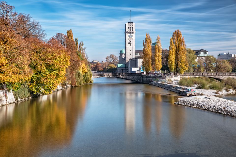 Isar River and Deutsches Museum, Munich, Bavaria, Germany, Europe