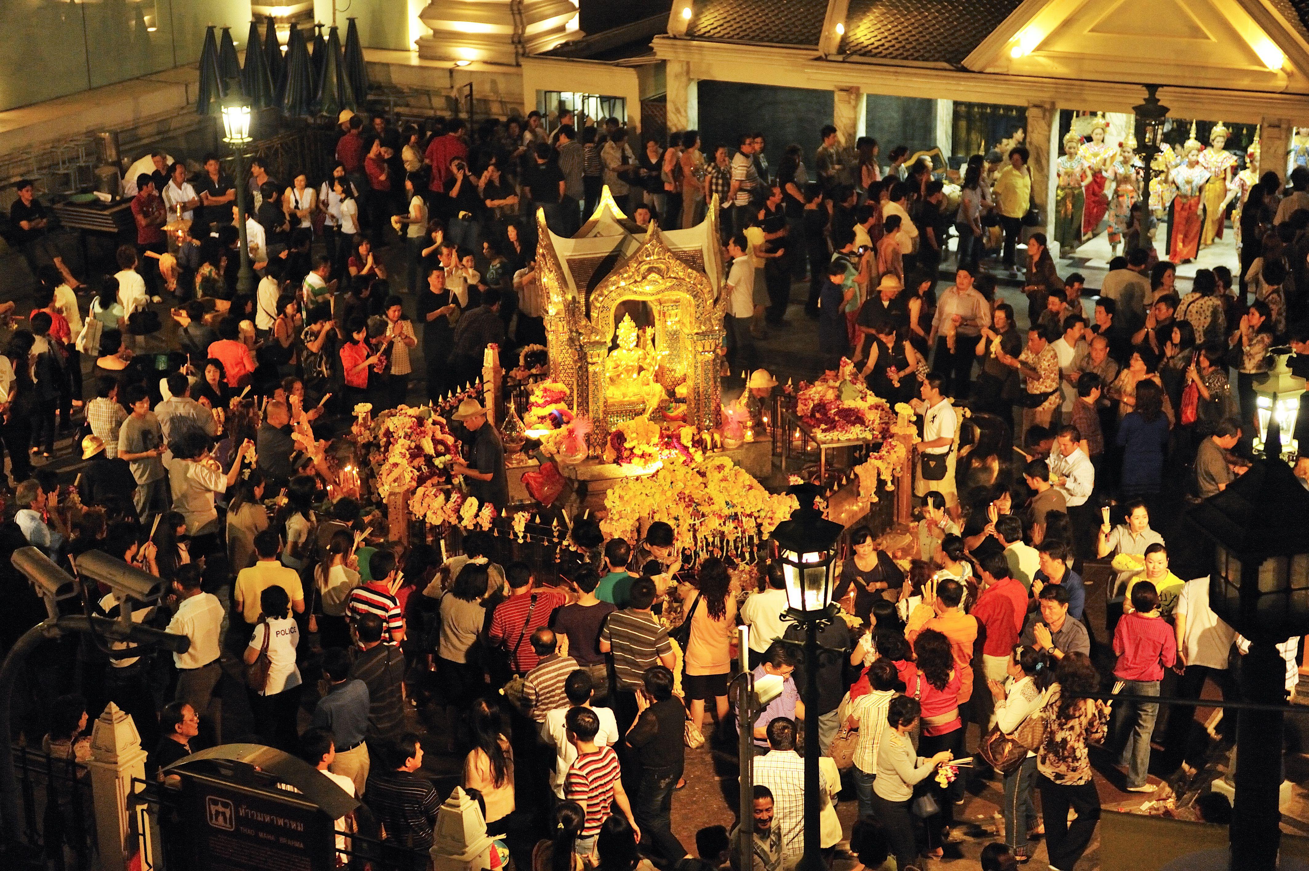 A crowd at Bangkok's Erawan Shrine