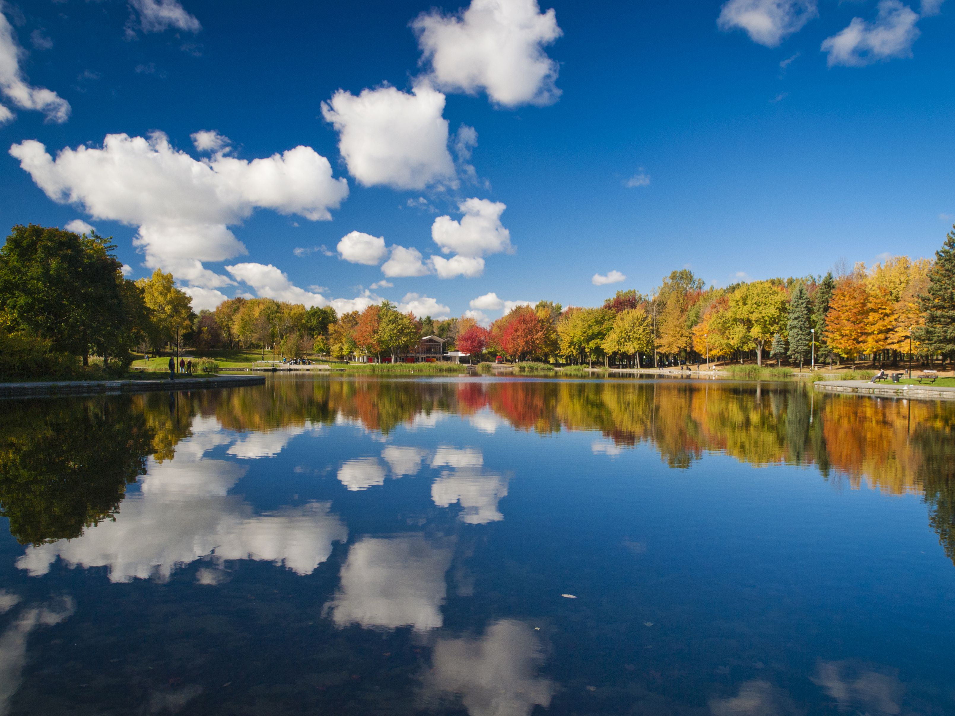 The Best Places to See Fall Foliage in Canada