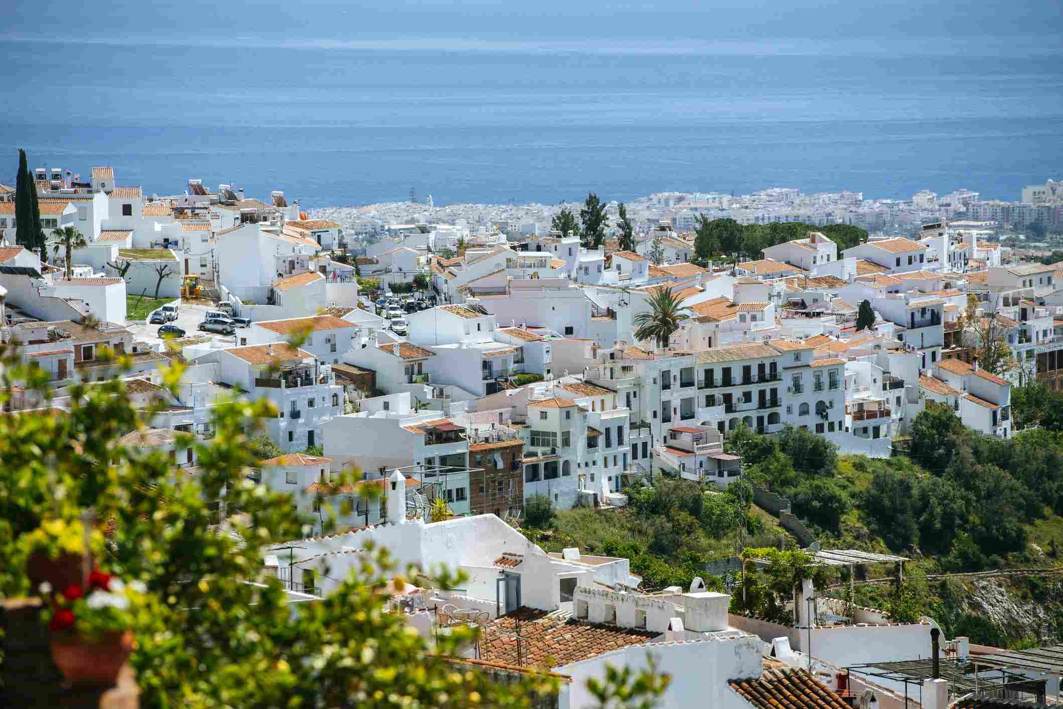 Spain, Andalusia, Province of Malaga, Frigiliana, white town on the Costa del Sol