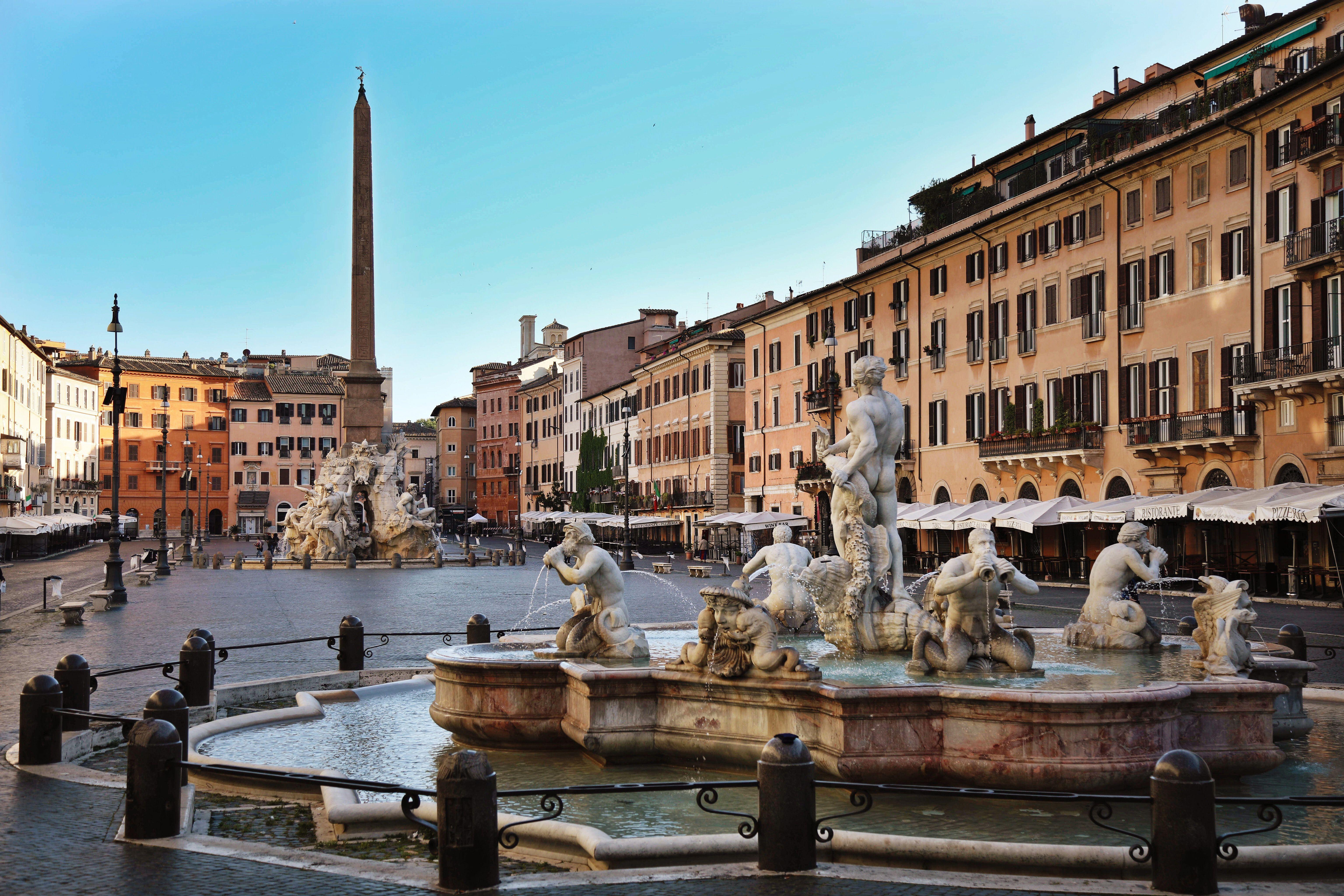 Una fuente en Roma