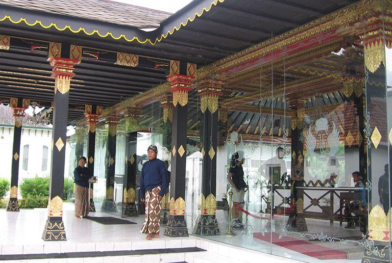 The entrance to the Hamengkubuwono IX commemorative museum in the Kraton, Yogyakarta, Indonesia.