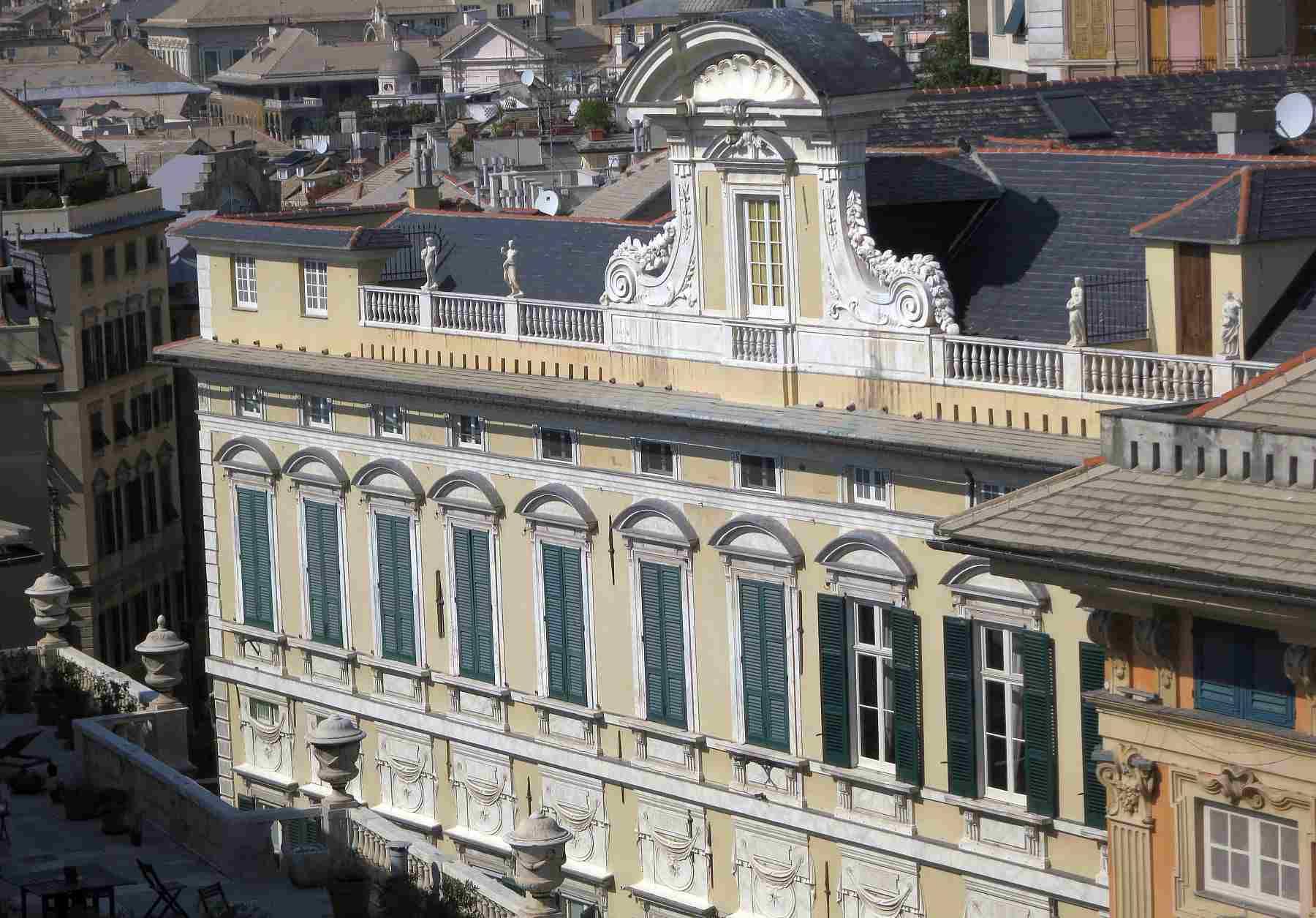 genoa palazzo photo