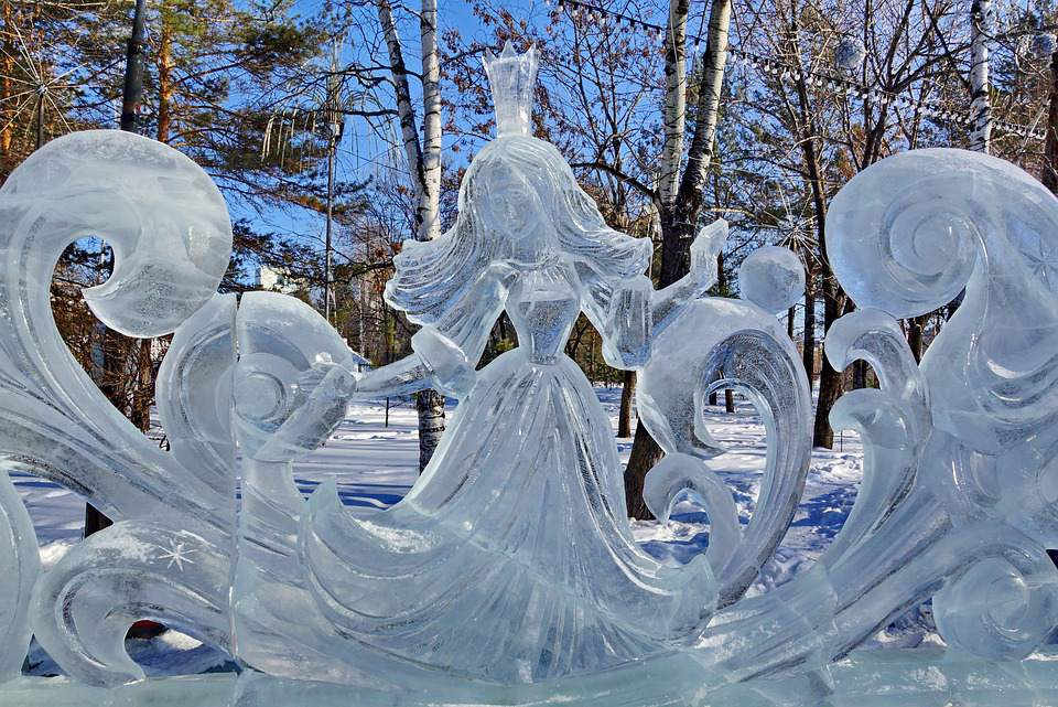 Eisfiguren in Moskau