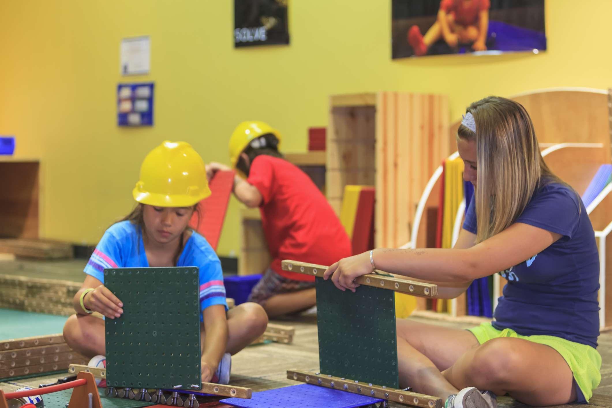 Niños jugando en el Museo de los Niños de Seattle