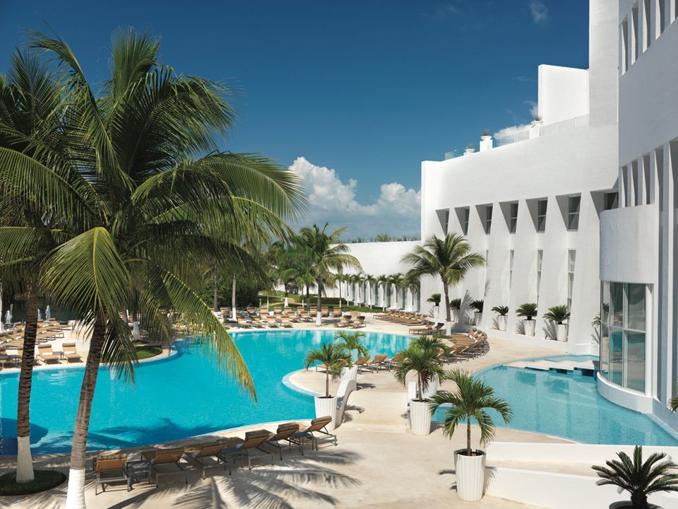 Piscinas en Le Blanc Resort en Cancún