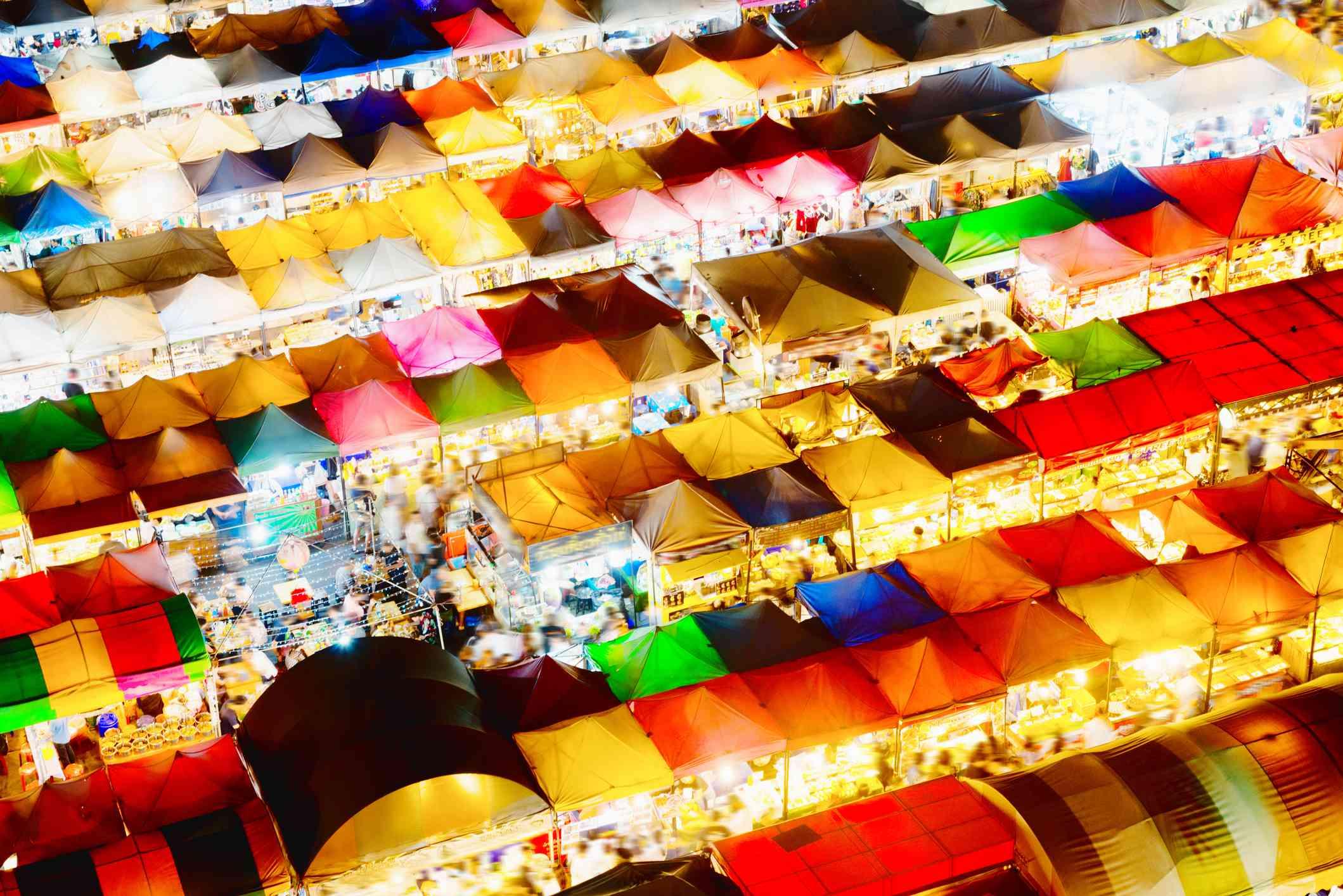 Illuminated stalls at Rot Fai Ratchada
