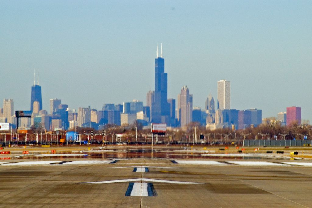 taking off on 4L at Midway