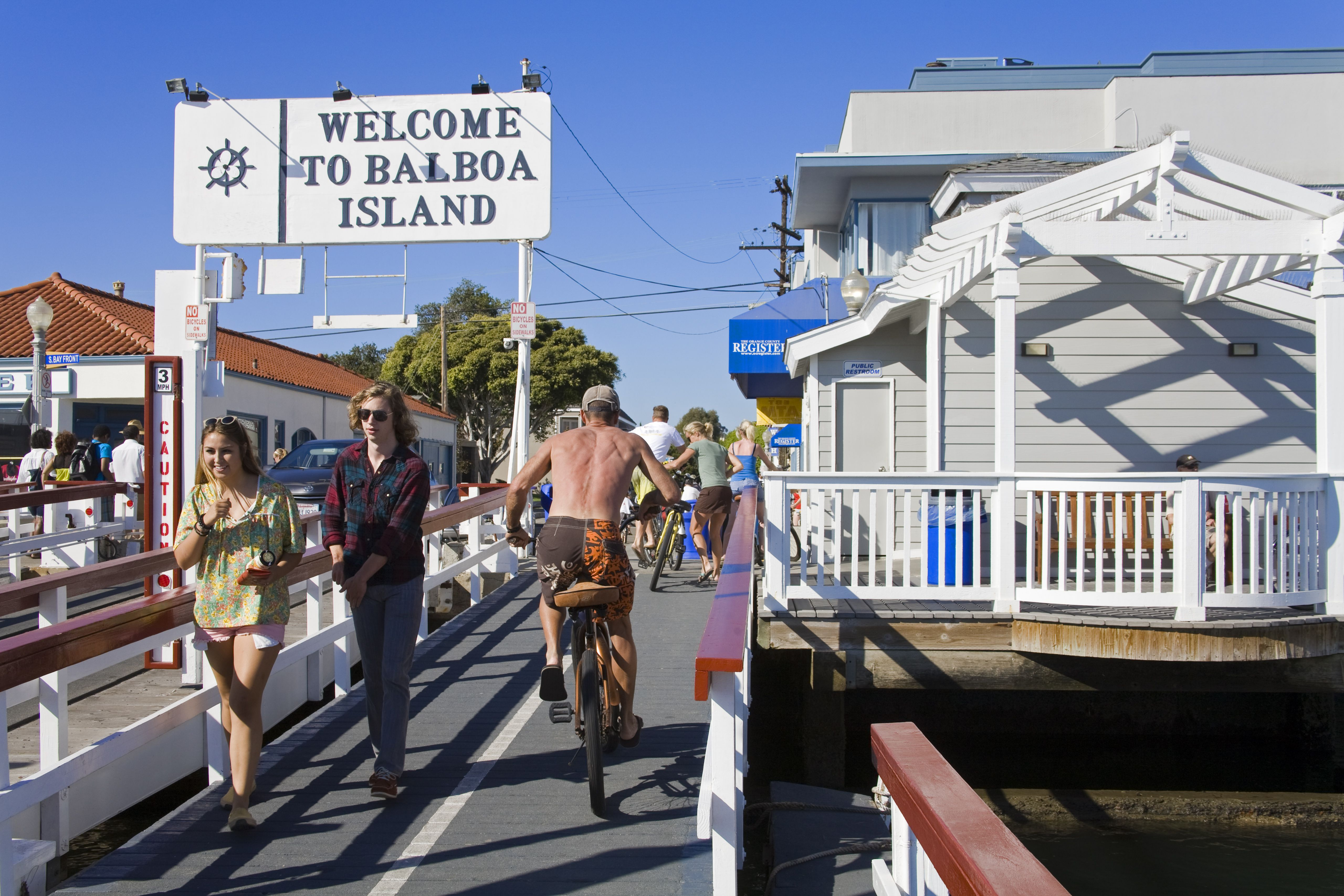 Auto ferry terminal on Balboa Island.