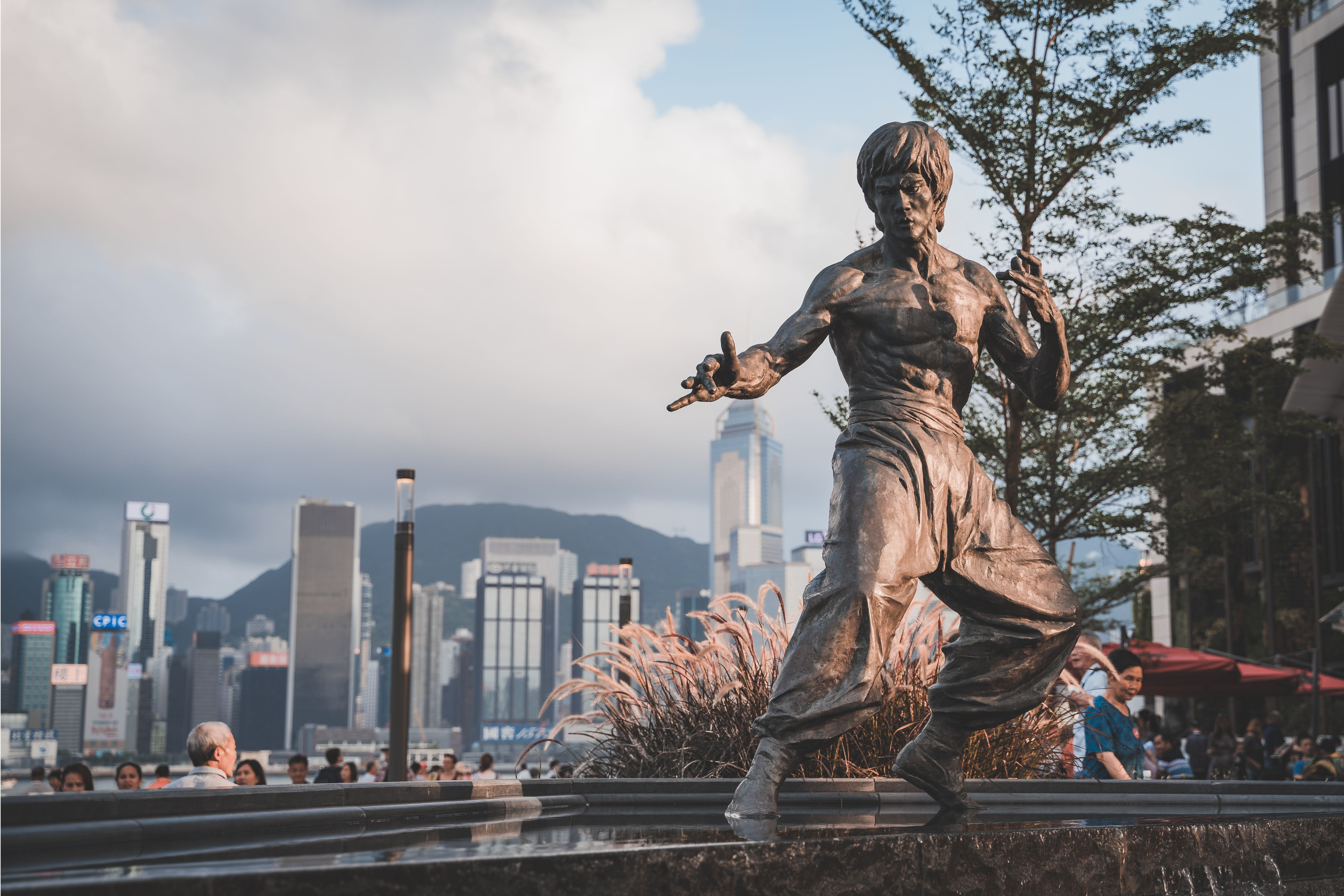 State of Bruce Lee on Avenue of Stars