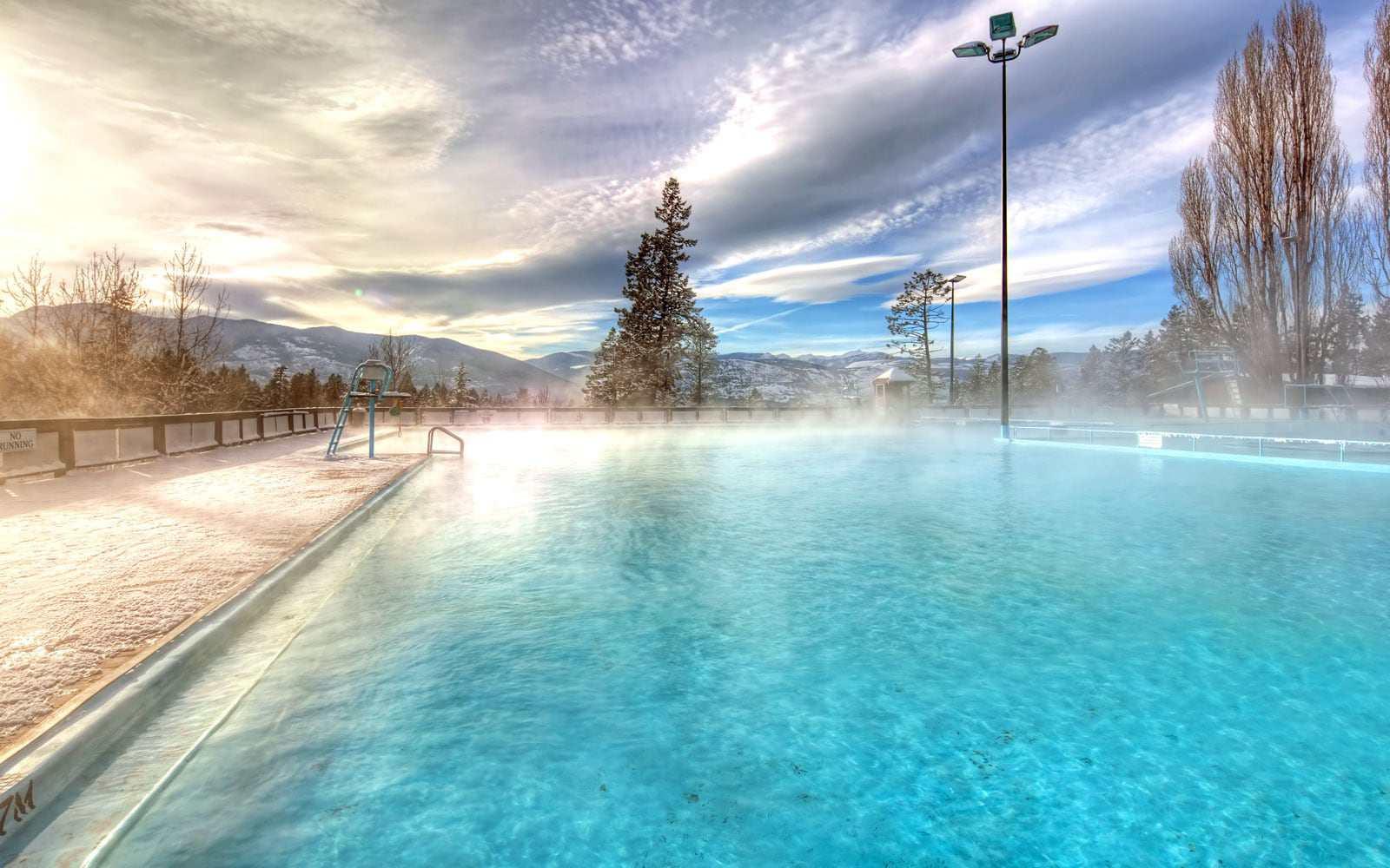 Fairmont Hot Springs Resort pool