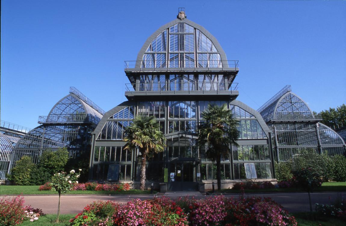 Large greenhouse in Lyon Botanical Garden