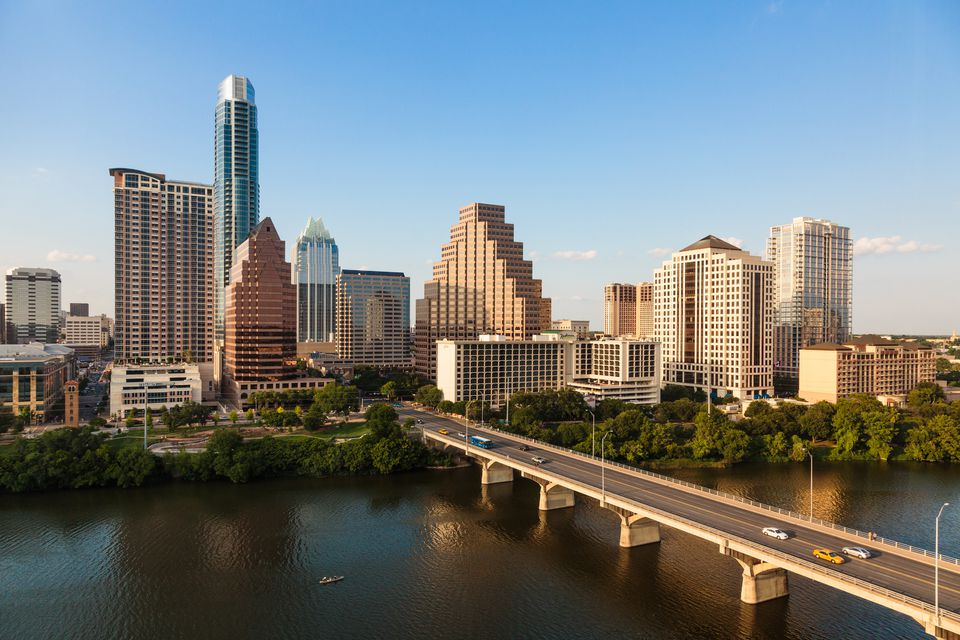 Best time to visit austin tx austin tx skyline publicscrutiny Image collections