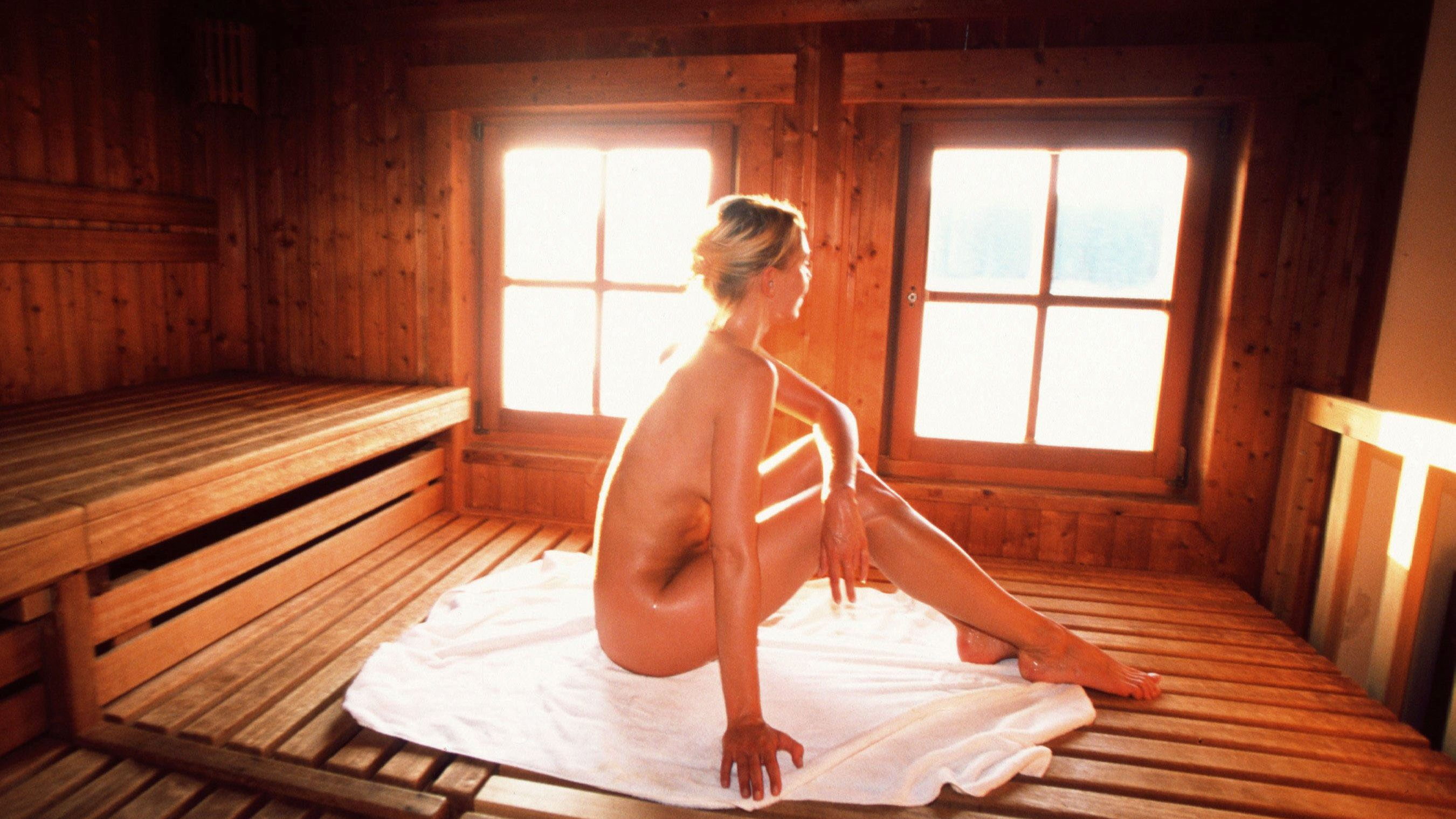 What To Expect At A German Sauna
