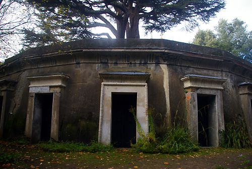 Circle of Lebanon, West Cemetery, Highgate Cemetery, London