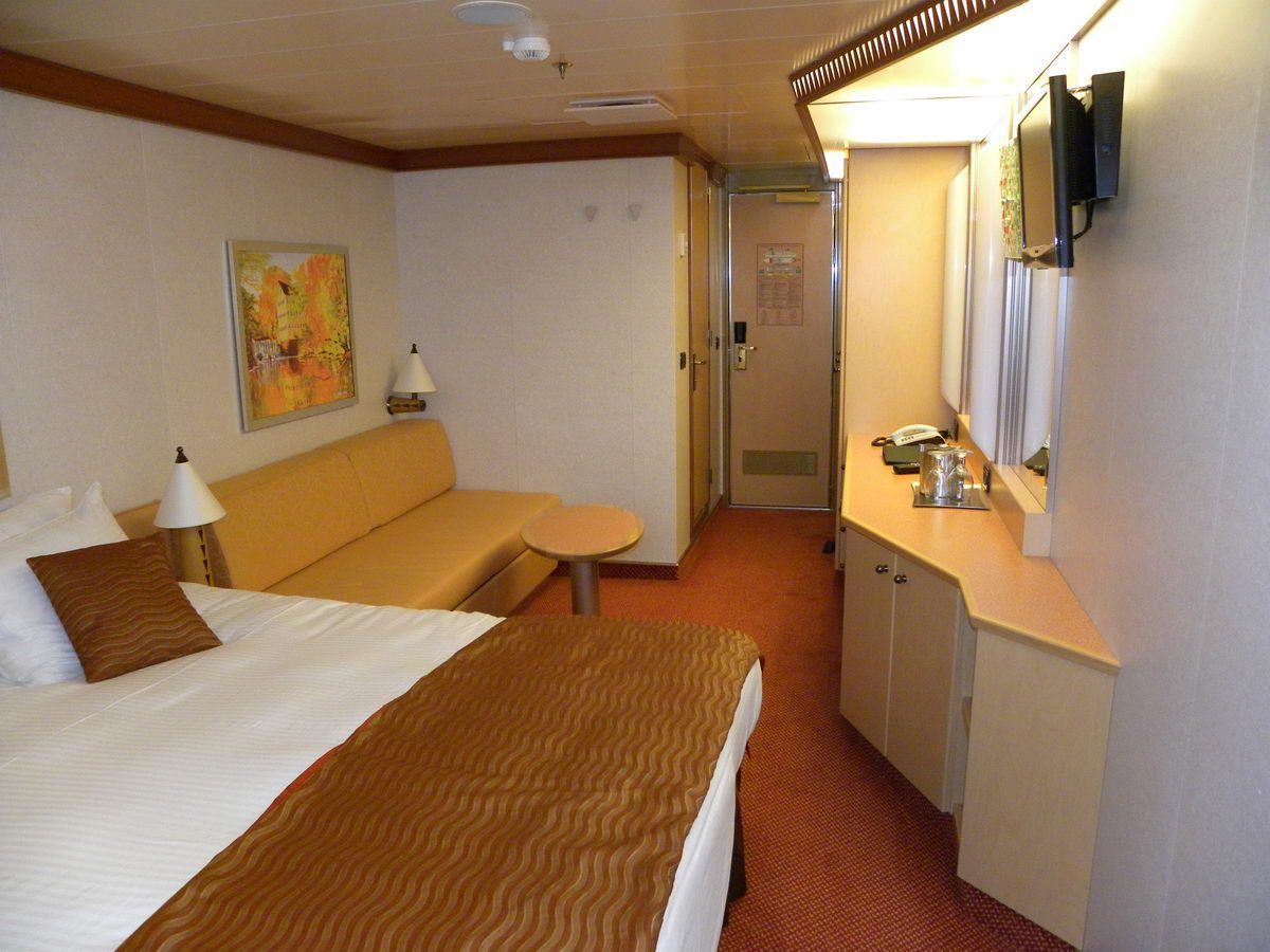 carnival balcony rooms Carnival Dream Cruise Ship Cabins