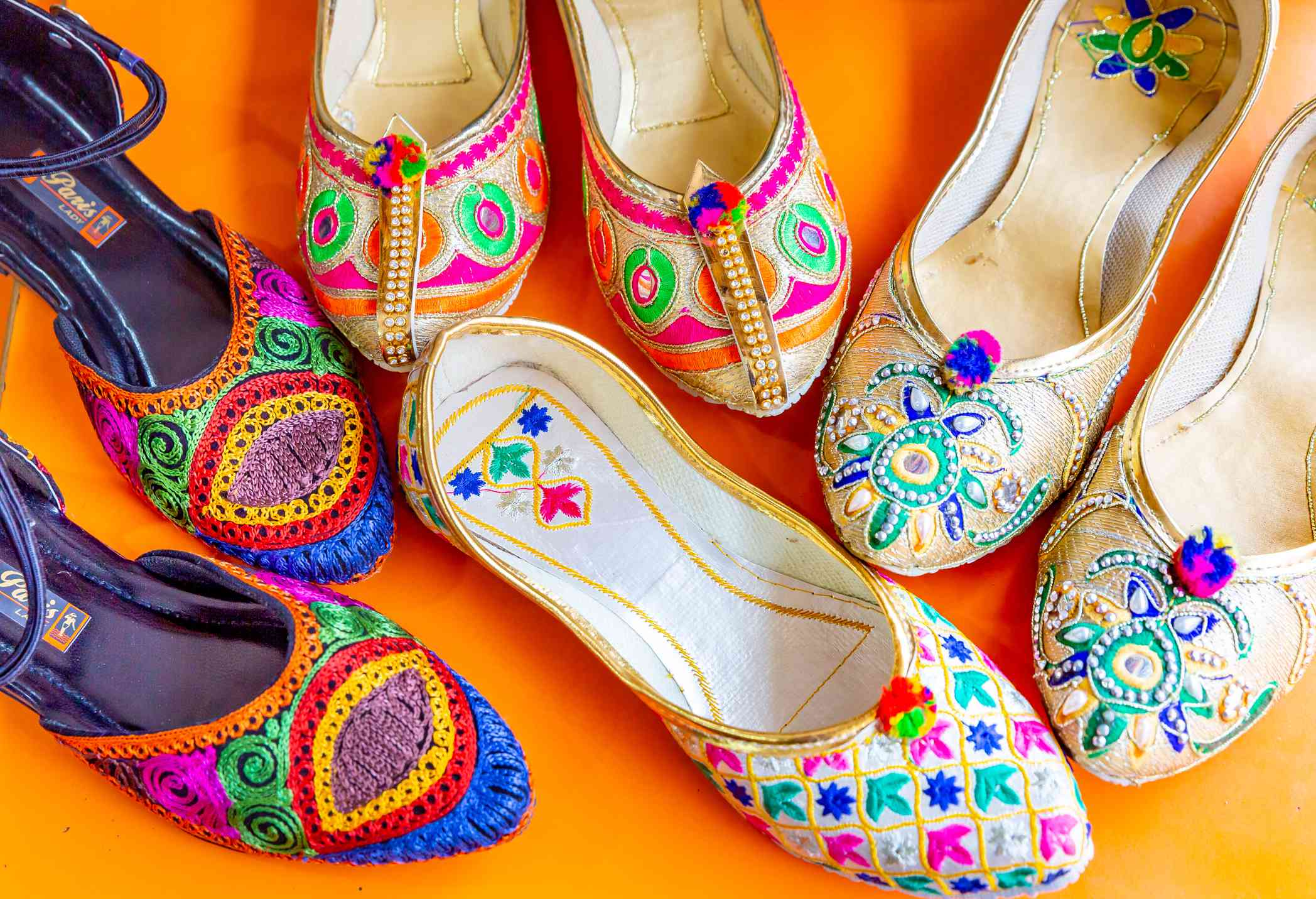 Traditional shoes in Jaipur.