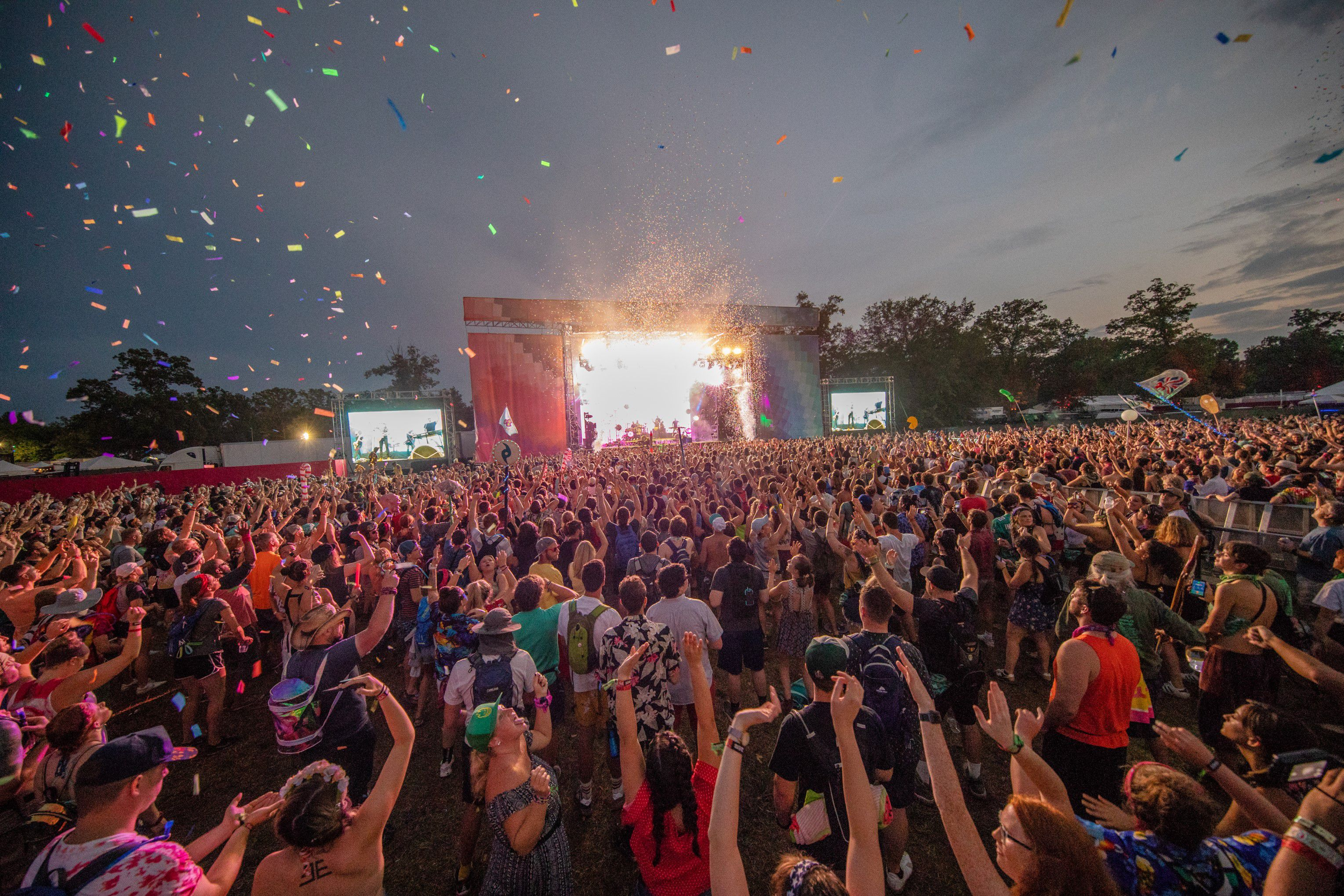 best concerts to hook up at