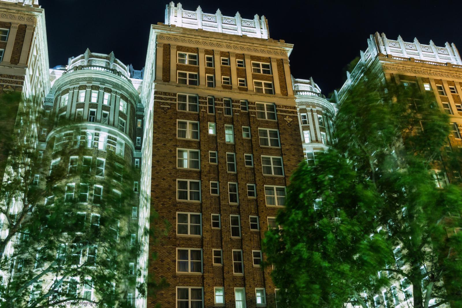 Is Oklahoma City\'s Skirvin Hotel Haunted?